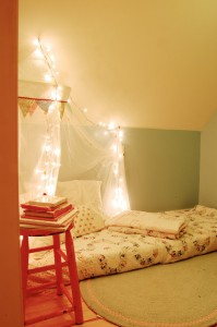 22-Great-Reading-Nook-Design-Ideas-for-Kids-10